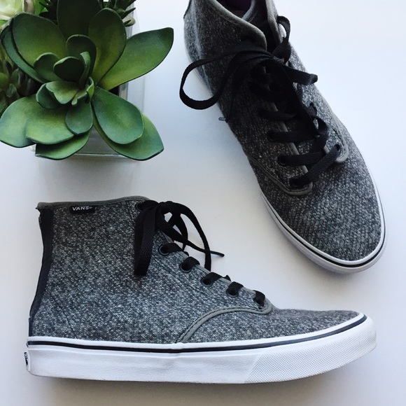 ebc2f6a695 Vans Women s Sk8-Hi Zip Grey Tweed Camden Sneakers.  M 5bd658f4bb7615daf535b460